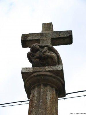 Cruz de piedra en Garganta la Olla