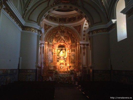 Interior de la Ermita de la Virgen del Puerto
