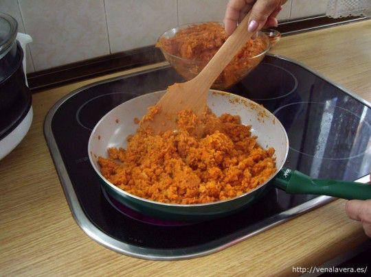 preparando la receta de picadillo de calabaza